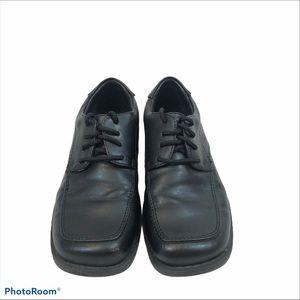 Boys Smart Fit Black Lace Up Dress Shoes Size 13